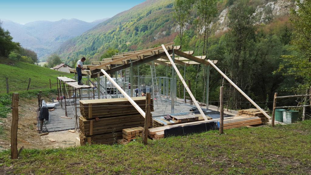 Barns pour chevaux en cours de construction