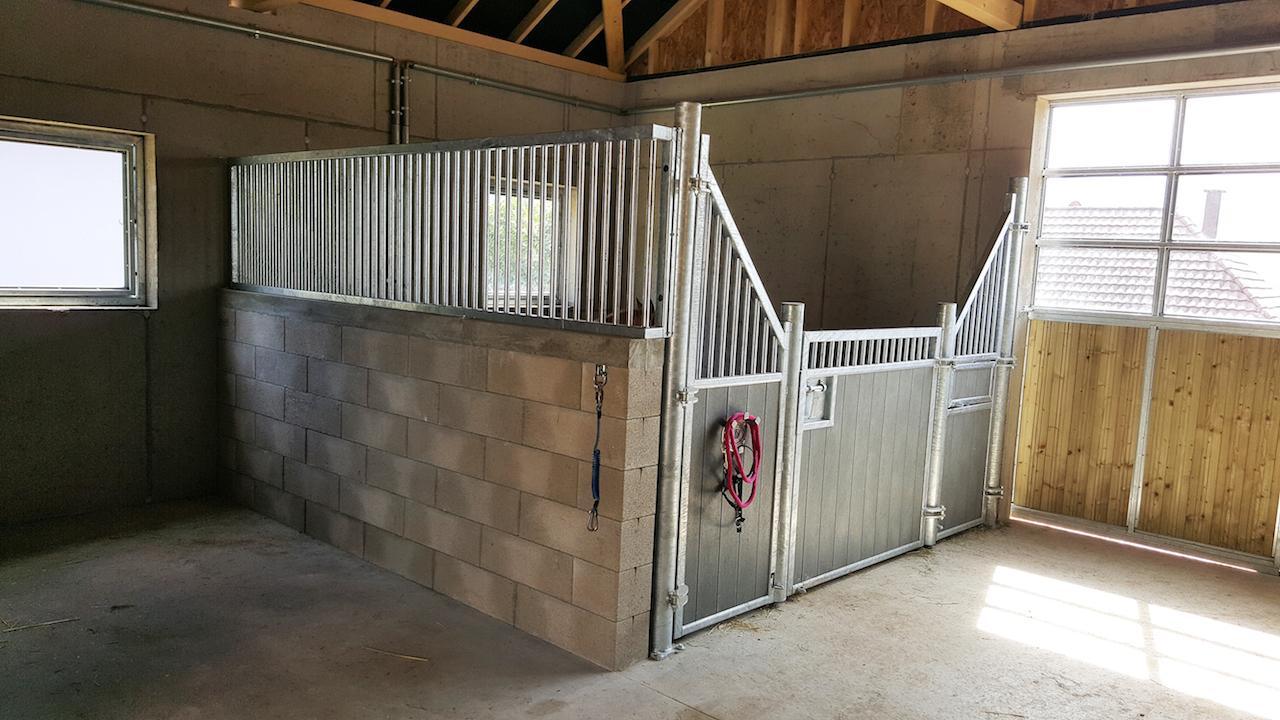 Box pour poney modèle Girafe