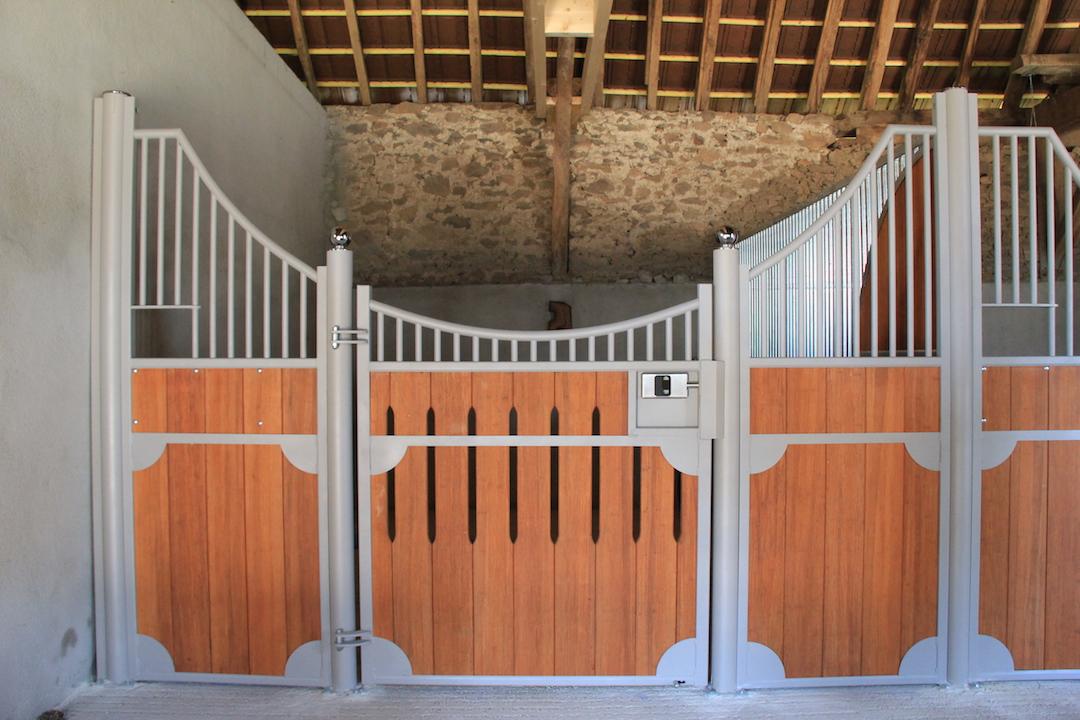 Façade de box pour chevaux Zèbre