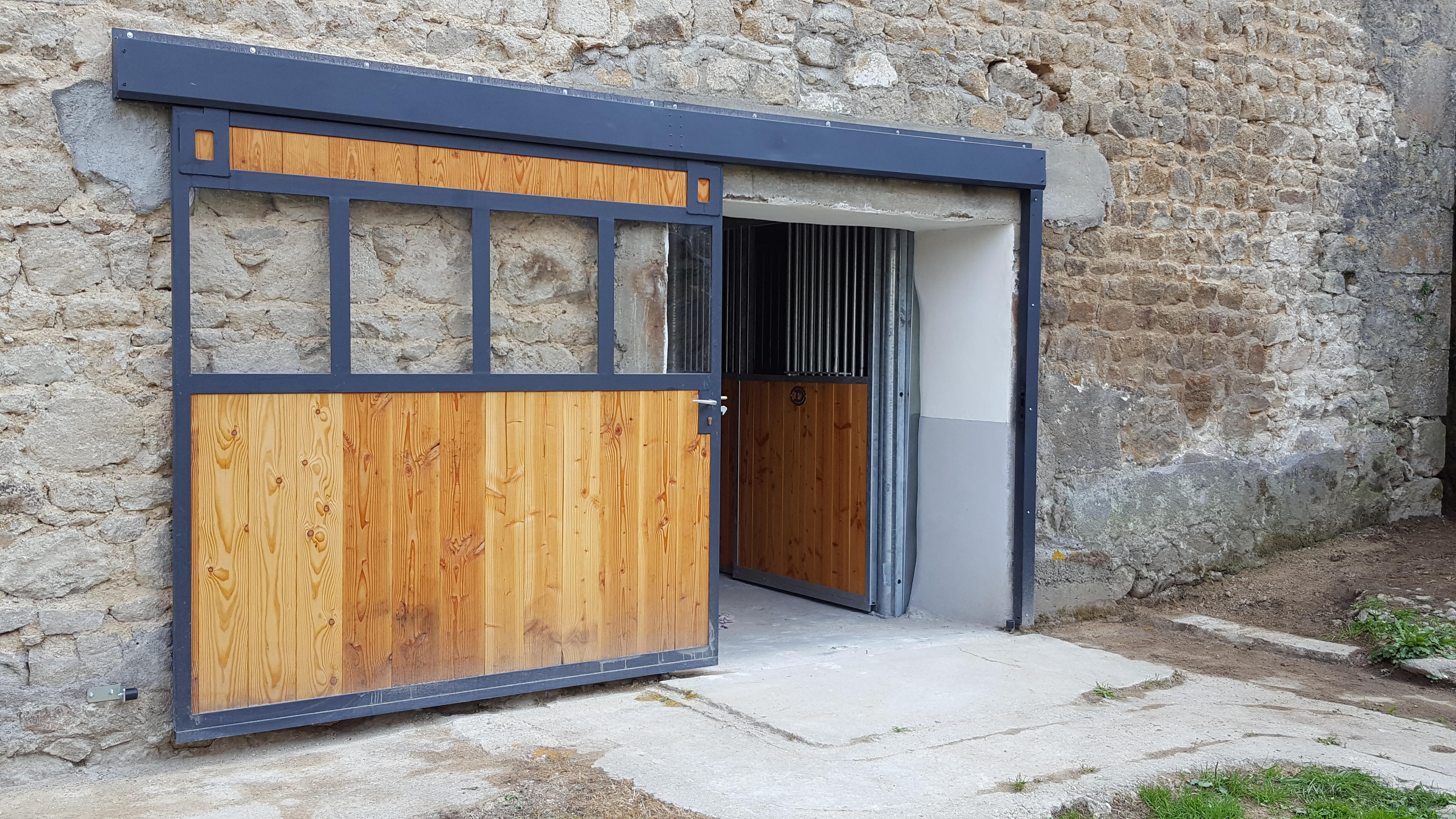 Porte Grange Coulissante Bois portail de grange coulissant - doitrand equestre